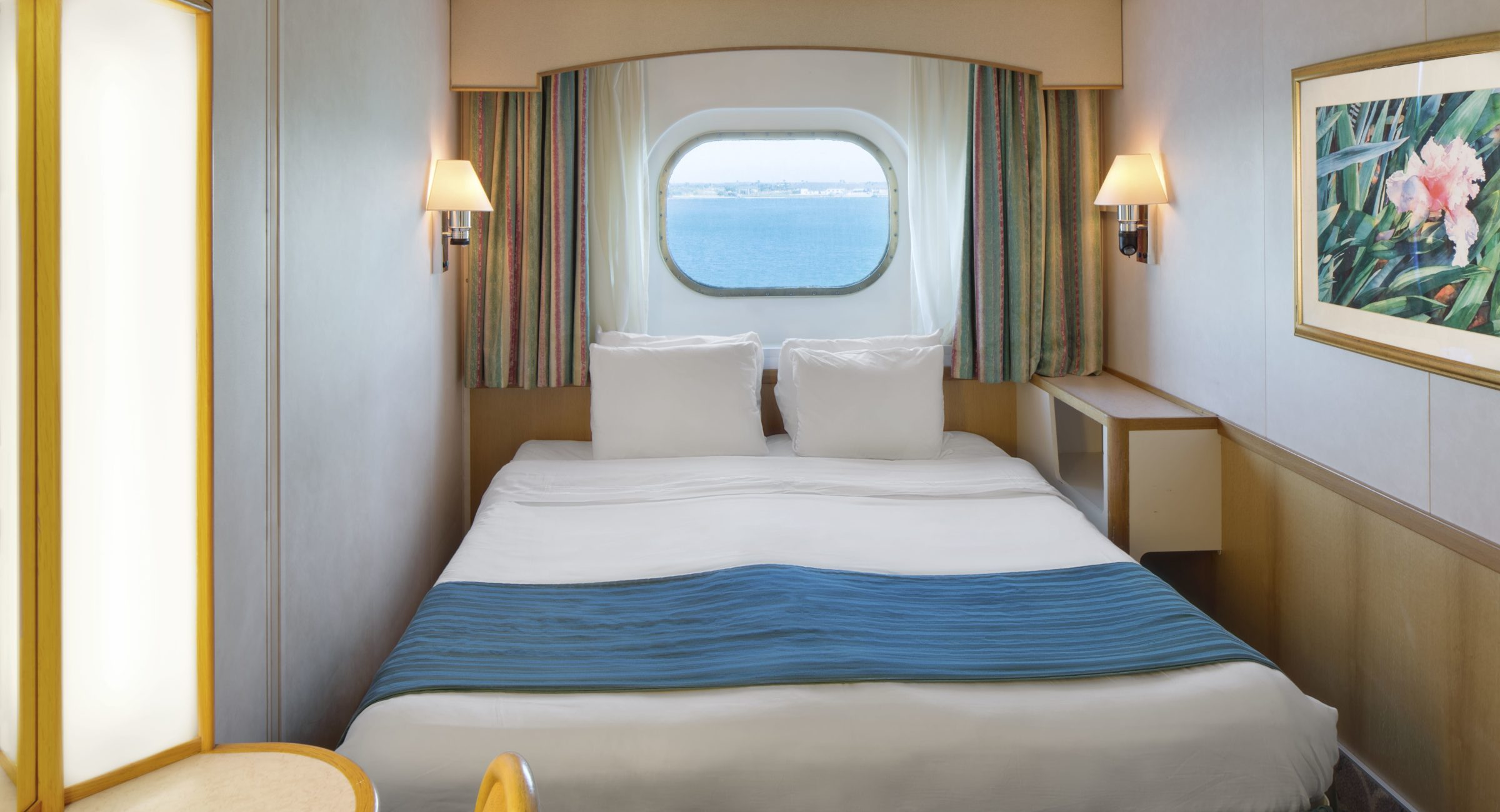 Ocean View Stateroom Cat. F3 - Room #4548 Deck 4 Forward Portside Majesty of the Seas - Royal Caribbean International